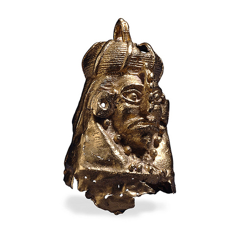 016-Colgante de oro con retrato en miniatura -AD 600-1521 Palenque-México-© Trustees of the British Museum