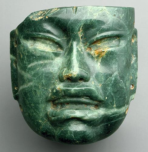 012 -Mascara de jade-siglos X al VI BC-Olmeca- México